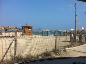 חוף בשבי ציון לא נגיש